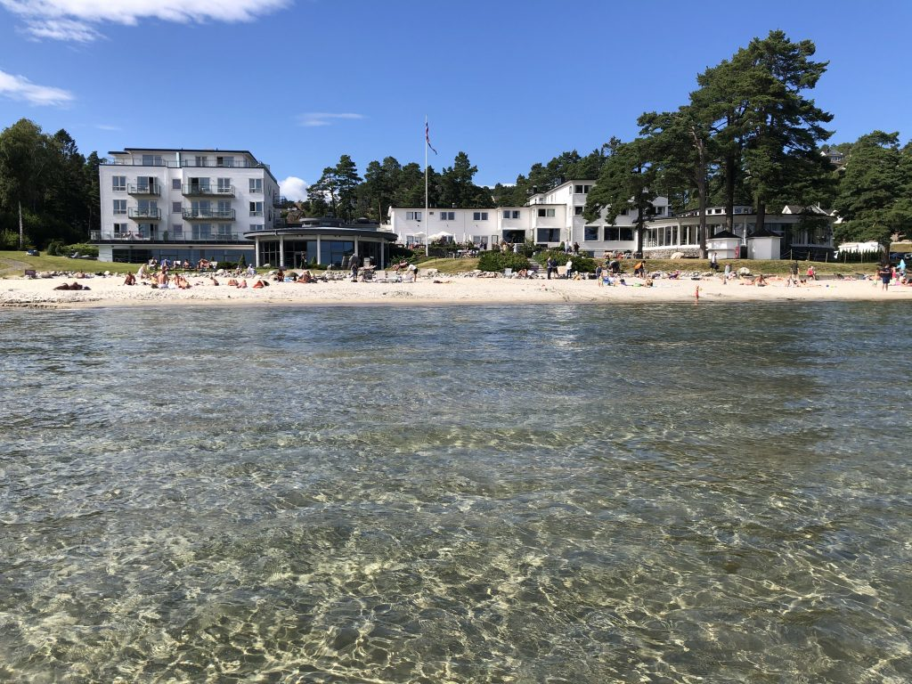 Strand Hotel Fevik, en perle ved sjøen. Foto: Elisabeth Høibo©Visit Sørlandet