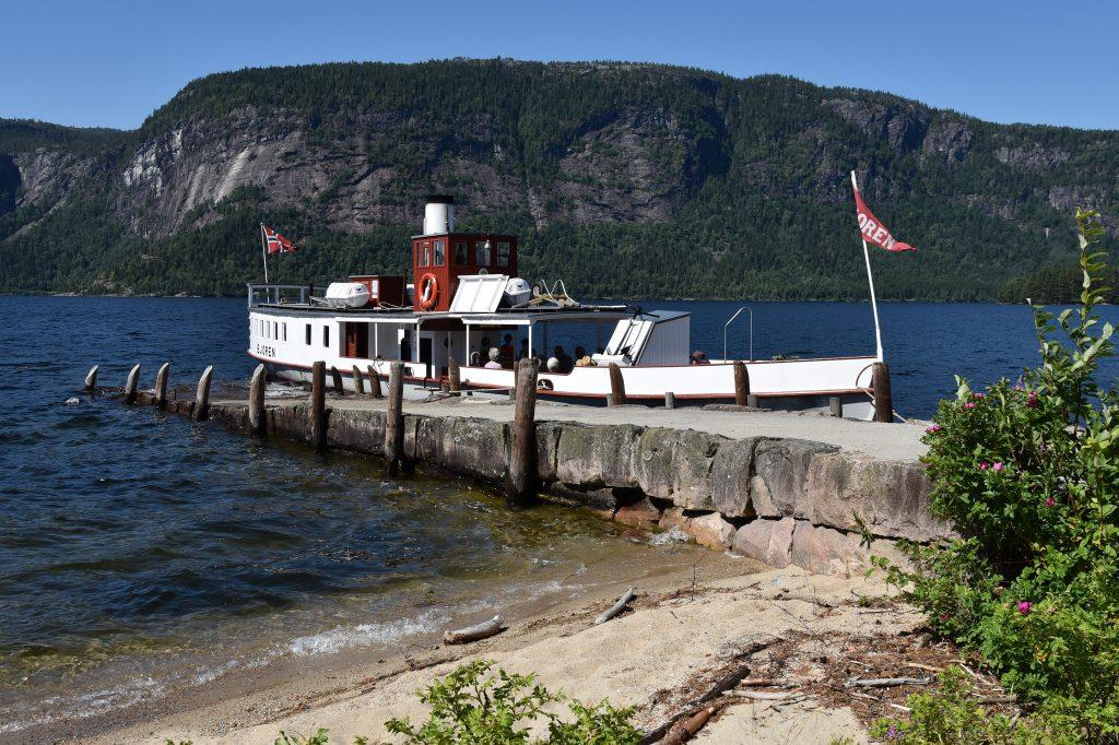 Ta en tur på Byglandsfjord med Bjoren. Foto: Elisabeth Høibo©Visit Sørlandet
