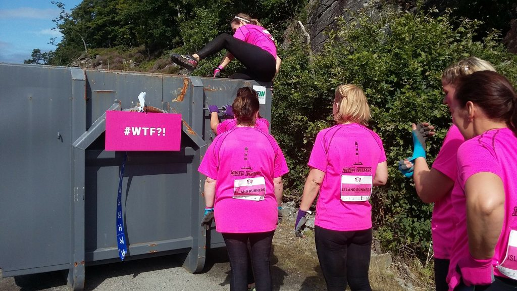 Hinderløp Dirty Girls Mud Run Kristiansand