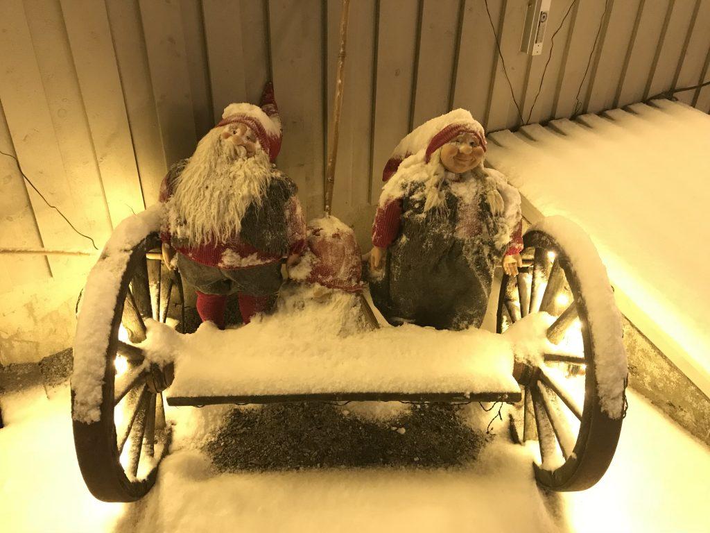 Nisser på Julekrysset på Hornnes