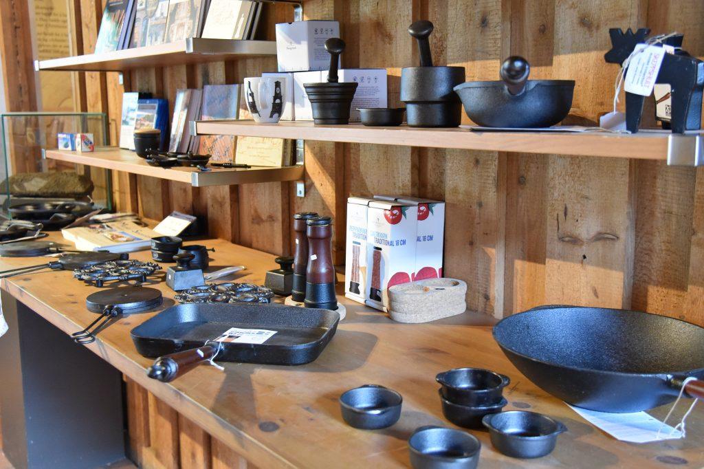 Museumsbutikken på Næs Jernverksmuseum. Foto: Elisabeth Høibo©Visit Sørlandet