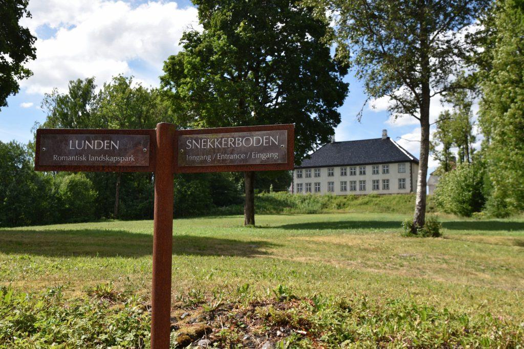 Gå en tur i den romantiske landskapsparken Lunden. Foto: Elisabeth Høibo©Visit Sørlandet