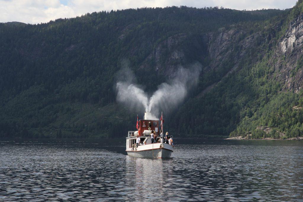 Bestill et romantisk cruise i Setesdal.