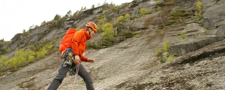 Emil Meade climbing in Southern Norway. Photo: Emil Meade