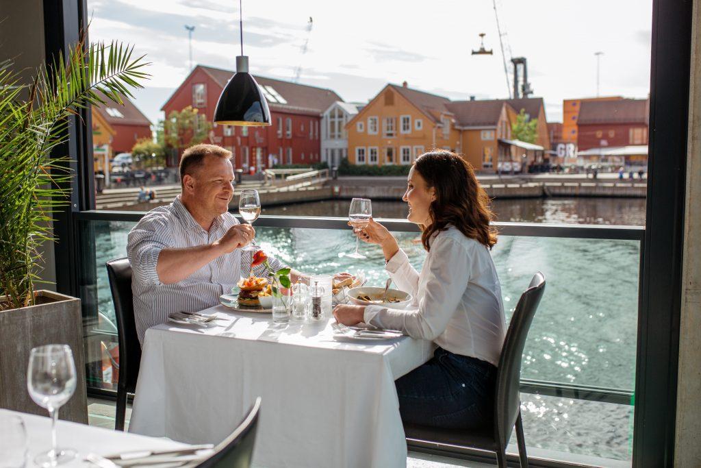 Rimelige retter på Bølgen & Moi i Kristiansand Foto: Victoria Nevland©Visit Sørlandet