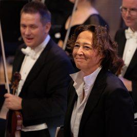 Nathalie Stutzmann in orchestra Foto: Lars Gunnar Liestøl